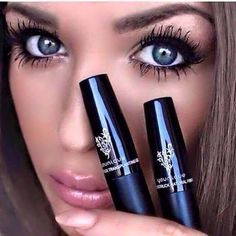 I love my Younique Fiber Lash Mascara. Not falsies, just mascara. Try it, see how your lashes look xx Younique Mascara, 3d Mascara, Younique Presenter, 3d Fiber Lashes, 3d Fiber Lash Mascara, Cosmetic World, Remove Makeup From Clothes, Natural Lashes, Eye Makeup Remover