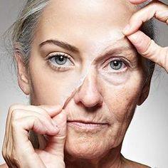 A Homemade Face Mask That Tightens The Skin Better Than Botox - Healthy Beauty Ways Lighten Hair Naturally, How To Lighten Hair, Healthy Beauty, Healthy Skin, Anti Aging Skin Care, Natural Skin Care, Blonde Hair Looks, Les Rides, Hair Starting