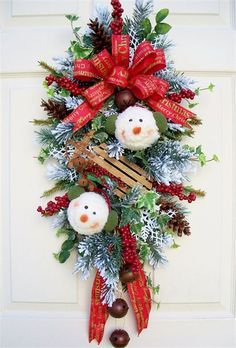 Decorating with Personality. Unique floral wreaths, swags and home decor items. Christmas Door Wreaths, Christmas Swags, Outdoor Christmas Decorations, Holiday Wreaths, Rustic Christmas, Christmas Art, Christmas Projects, Holiday Crafts, Christmas Ornaments