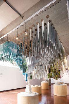9-2105-pratt-gaud-exhibition-floating-installation