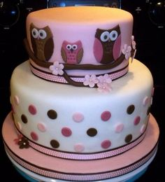 Owl baby shower cake By ryansmom319 on CakeCentral.com is this the one, @Emileigh Ellis?