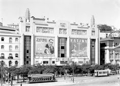 In Portugal there are a few good examples of nice Art Deco buildings Cine Teatro Eden, Lisbon - 1937 History Of Photography, Vintage Photography, Nature Photography, History Of Portugal, Art Deco Buildings, Windsor Castle, Portugal Travel, Most Beautiful Cities, Day Tours