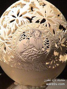 Egg Shell Art http://www.topito.com/top-sculptures-oeufs