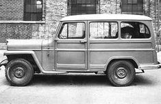 Willys Station wagon photos, picture # size: Willys Station wagon photos - one of the models of cars manufactured by Willys Willys Wagon, Jeep Willys, Jeep Jeep, Jeep Wrangler, Classic Trucks, Classic Cars, Beach Wagon, Jeep Pickup Truck, Overland Truck