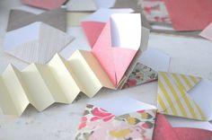 Mini Envelope Album, Diy Mini Album, Mini Scrapbook Albums, Mini Albums, How To Make An Envelope, Craft Markets, Album Book, Holiday Themes, Book Binding