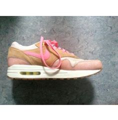Nike Air Max 1. FIND THEM HERE > http://anywear.dk/product/sneakers/nike-air-max-1/nike-air-max-1