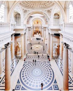 the-gleam-of-rose-gold:  Source: Condé Nast Traveler on Instagram
