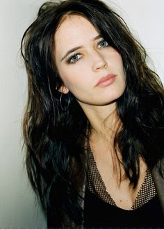 Welcome to Daily Eva Green, your number one source about the french actress best known for her roles... Elsa Lunghini, Eva Green Penny Dreadful, Actress Eva Green, Casino Royale, French Actress, Kingdom Of Heaven, Carrie, The Dreamers, Sensual