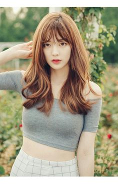 Asian women should be the happiest! Their natural hair is straight, meaning that it can be styled in a wealth of different ways. Korean Hairstyles Women, Cute Hairstyles, Asian Hairstyles, Bora Lim, Chica Cool, Hair Reference, About Hair, Ulzzang Girl, Asian Beauty