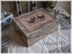 "Vintage Box ""Three French hens"""