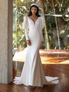 Hollywood Glamour, Glamour Hollywoodien, Classic Hollywood, Pronovias Wedding Dress, Wedding Dress Sleeves, Dresses With Sleeves, Wedding Dress Trends, Wedding Gowns, Mermaid Dresses