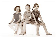Oma heel blij met deze foto van de kleinkinderen! #kinder #kinderfotografie #kinderfotograafpatrick #kleinkinderen