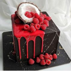 Pretty Birthday Cakes, Birthday Cakes For Men, Beautiful Cakes, Amazing Cakes, Food Plating Techniques, Cake Decorating For Beginners, Square Cakes, Drip Cakes, Sweet And Salty