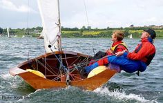 Image from http://www.sail-world.com/photo/photos/med_Northampton%20Pursuit%20race%20-%20Punkerella%202.jpg.