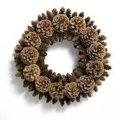 "Diy Pinecone Wreath Lovely Pin by Mihaela C ""Å' Adventski Vijenac Concept Of Diy Pinecone Wreath Pine Cone Art, Pine Cone Crafts, Christmas Projects, Fall Crafts, Holiday Crafts, Christmas Crafts, Diy Crafts, Pine Cone Decorations, Christmas Decorations"