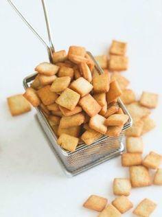(Re)découvrez les chin-chin, ce snack frit très simple à réaliser et très populaire au Nigeria et au Cameroun.