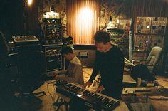 Martin Gore, Depeche Mode recording in studio 2012  - néhány studió kütyü neked