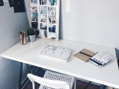 "shhhstudying: "" nov 8 // love my new desk set up """