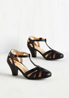 Swing You Off Your Feet Heel in Black. Jump and jive in these black heels and youll feel fully ecstatic! #black #modcloth