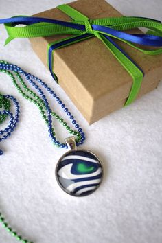1 SEATTLE  SEAHAWKS Super Bowl Glass Pendant and by myrockart, $16.99