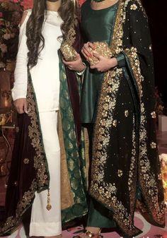 Online Shopping Of Palazzo Suit Beautiful Pakistani Dresses, Pakistani Formal Dresses, Pakistani Wedding Outfits, Pakistani Dress Design, Punjabi Suits Designer Boutique, Indian Designer Suits, Stylish Dresses, Simple Dresses, Bridal Anarkali Suits