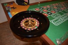 Roulette: history and rules of the casino game Play Roulette, Live Roulette, Cake Order Forms, Gambling Machines, English Fun, Healthy Living Magazine, Scholarships For College, Casino Party, Casino Bonus