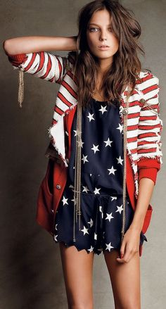 Stars & Stripes<3 perfect fourth of July outfit! :)