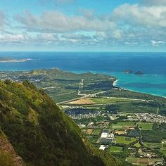 With majestic views like this, a hike on Kuliouou Ridge Trail on #Oahu will inspire anyone to #LetHawaiiHappen.