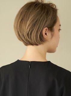 Korean Short Hair, Short Hair Cuts, Shot Hair Styles, Cut Her Hair, Short Bob Haircuts, Queen Hair, Hair Today, Messy Hairstyles, Medium Hair Styles