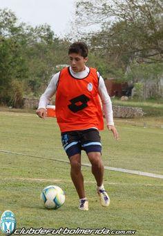 """Marco """"Choby"""" Jiménez, durante la práctica de la semana previo al partido ante Veracruz."""