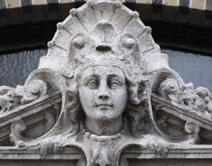 Belle Epoque Queen - Cogels-Osylei, Antwerp. Photo by Eddy Van 3000   Flickr