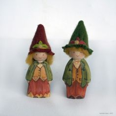 wee wooden figures by Willodel Crafts To Make, Arts And Crafts, Elves And Fairies, Clothes Pegs, Clothespin Dolls, Nature Table, Wooden Pegs, Fall Harvest, Paint Techniques