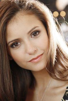 Picture of Nina Dobrev
