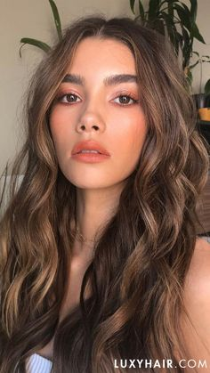 Brown Hair Colors Discover Classic Dirty Blonde Clip-Ins - Chestnut Brown Luxy Hair Extensions Brown Hair Shades, Brown Ombre Hair, Brown Hair Balayage, Brown Hair With Highlights, Brown Blonde Hair, Warm Blonde, Chestnut Brown Hair, Light Brown Hair Dye, Light Chocolate Brown Hair