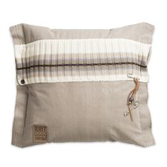 Pillow 50x50 - Julia beige by Knit Factory www.knitfactory.nl