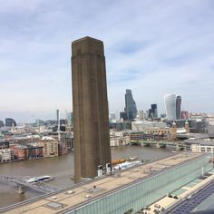 Ever changing #skylines #london good to be a tourist sometimes @tate #switchhouse