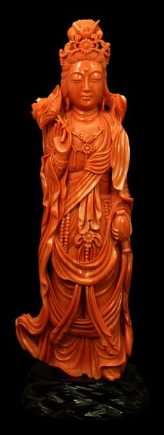 PALATIAL CHINESE RED CORAL CARVING OF QUAN YIN