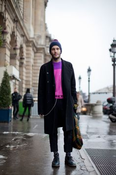 Real men wear pink in Paris. Photographed by Christian Vierig #refinery29 http://www.refinery29.com/mens-fashion-week/street-style#slide-5