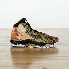 b408276a1af9 Steph Curry New Under Amor Sneaker
