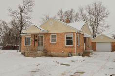 $139,900 Big House - Small Payments! This home features 4 bedrooms and 2 baths, walking distance to shopping and easy freeway access! Call to show/access code. Sq footage per county records. MLS 1201934