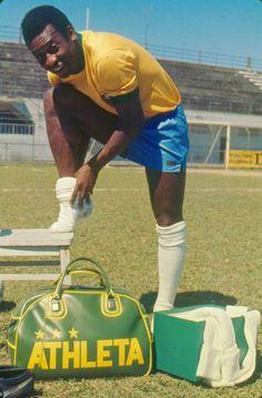 A Football Archive - Pele for Athleta. Football Ads, Brazil Football Team, Football Is Life, Vintage Football, World Best Football Player, Soccer World, World Football, Football Players, Samba