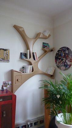 """Etagère murale en carton design """"branche""""                                                                                                                                                                                 Plus"""