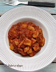 Mâncare cartofi și carne de porc Romanian Food, Meat, Recipes, Pork, Recipies, Ripped Recipes, Recipe, Cooking Recipes