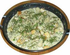 Abends stand bei Stefan Blumenkohl-Tofu-Curry mit Kokosmilch und Walnüssen auf der Speisekarte. Dazu gab es gelben Basmatireis.