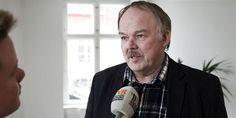 """""""Flygtninge kan godt glemme alt om at stille specielle krav til det danske arbejdsmarked. De skal ind på lige vilkår med danskerne,"""" siger DF's beskæftigelsesordfører Bent Bøgsted."""