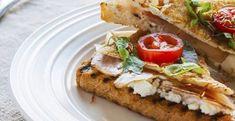 Talianska nátierka zo sušených paradajok - Receptik.sk Salmon Burgers, Sandwiches, Tacos, Ethnic Recipes, Food, Essen, Meals, Paninis, Yemek