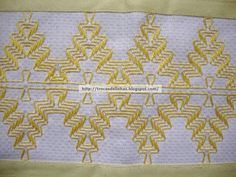 Swedish Embroidery, Chicken Scratch Embroidery, Monks Cloth, Swedish Weaving, Weaving Patterns, Bargello, Loom Weaving, Needlework, Diy And Crafts