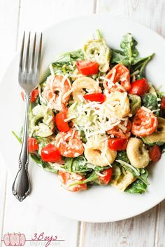 This Spinach and Tortellini Salad is the perfect, nutritious side dish for all your summer gatherings! Features an easy,5 minute from scratch dressing.