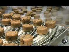 Chocolate Chip Cookies | How It's Made - YouTube