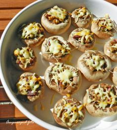 Tostadas, Tacos, Recipe For 4, Canapes, Doughnut, Food To Make, Stuffed Mushrooms, Muffin, Veggies